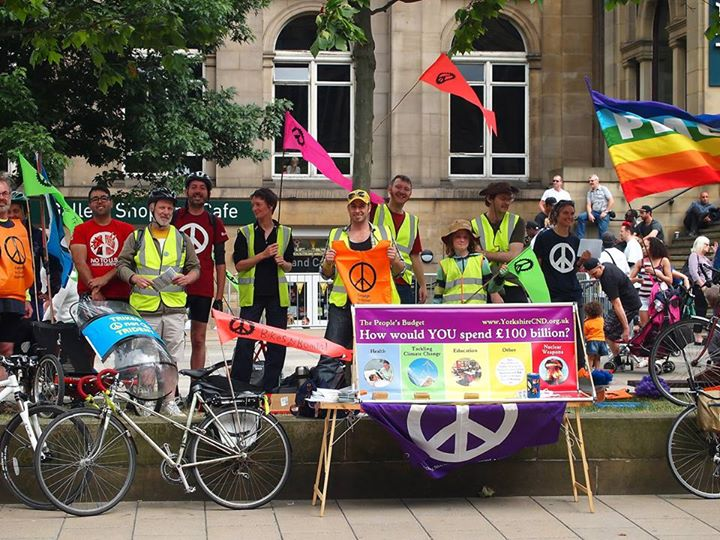 Bikes not Bombs cycle ride on the Headrow image