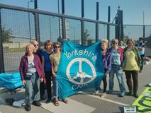 Burghfield Blockading in the Sun