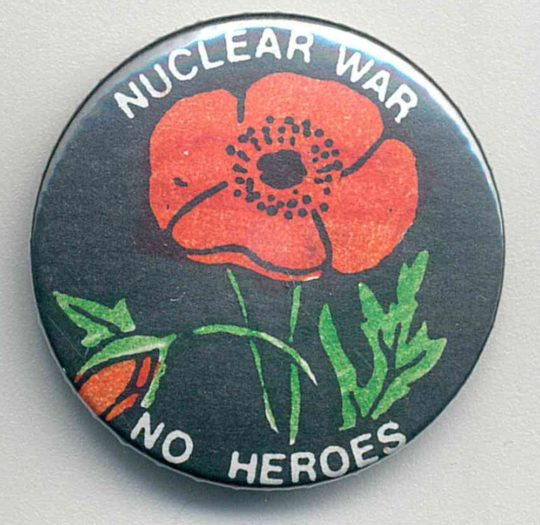 NuclearWAR-Badges